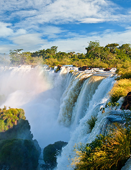 Sustainable getaway to the       Iguazú Falls